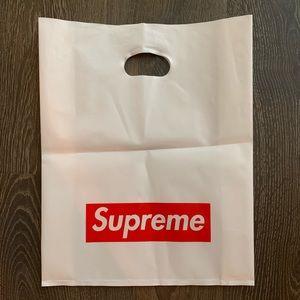 Supreme Shopping 🛒 Bag